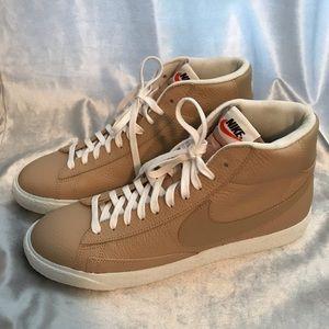 Nike blazer mid linen/summit white high top